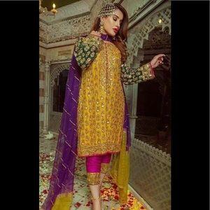 Pakistani women chiffon unstitched suit